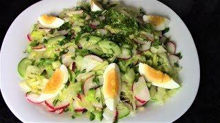 Самое время готовить сочные, хрустящие, свежие салаты из ранних овощей.