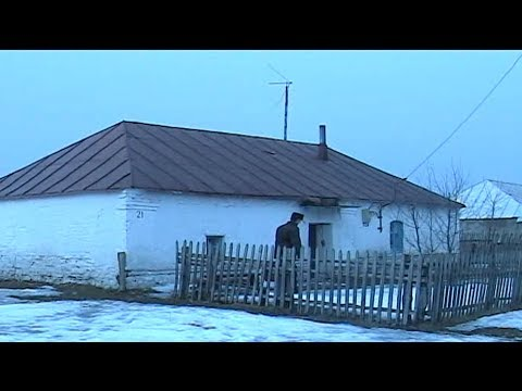 Бабушкин домик в деревне!!! Как там внутри????