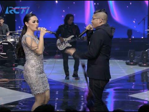 Ungu feat. Zaskia Gotik