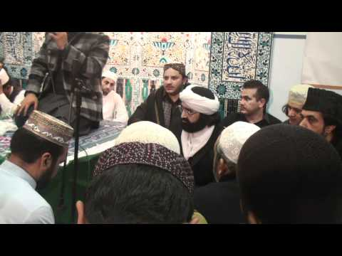 GOLRA SHARIIF PIR SYED HUSSAM UD DIN JILANI AT MEHFIL IN LONDON 1.MTS