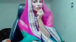 Mere Husband Mujhko Pyaar Nahi Karte (Dubsmash)   funny video Song   by an India girl