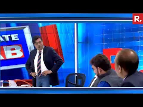 Who Is Dividing India? | Sunday Debate With Arnab Goswami