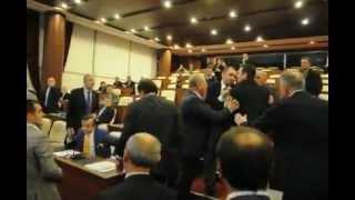 Trabzon Belediye meclisinde arbede
