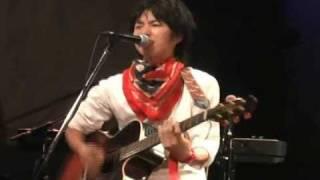 花枝聖〔ギターを叩く男!〕 2009/6/12 吉祥寺スターパインズカフェにて...