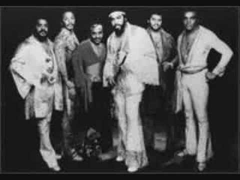 Isley Brothers groove  with you mp3
