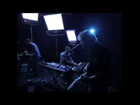 Aero Flynn - Dk/Pi Live