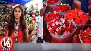 Huge Demand For Flower Bouquet And Sweets On New Year Day 2019 | Hyderabad | V6 News