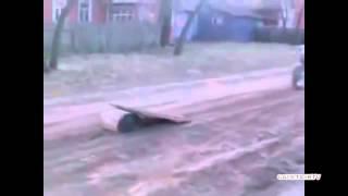 Деревенский байкер готовится к соревнованиям