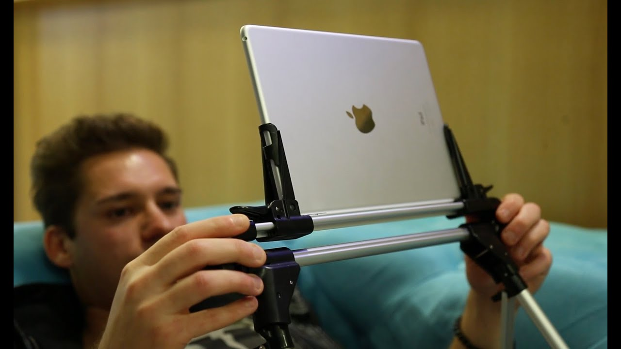 gadget geschenkidee tabletissimo bett halterung f r apple ipad tablet iphone youtube. Black Bedroom Furniture Sets. Home Design Ideas