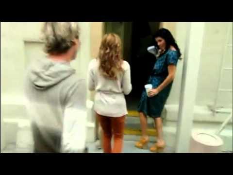 Angie Harmon & Sasha Alexander  Can't stop laughi
