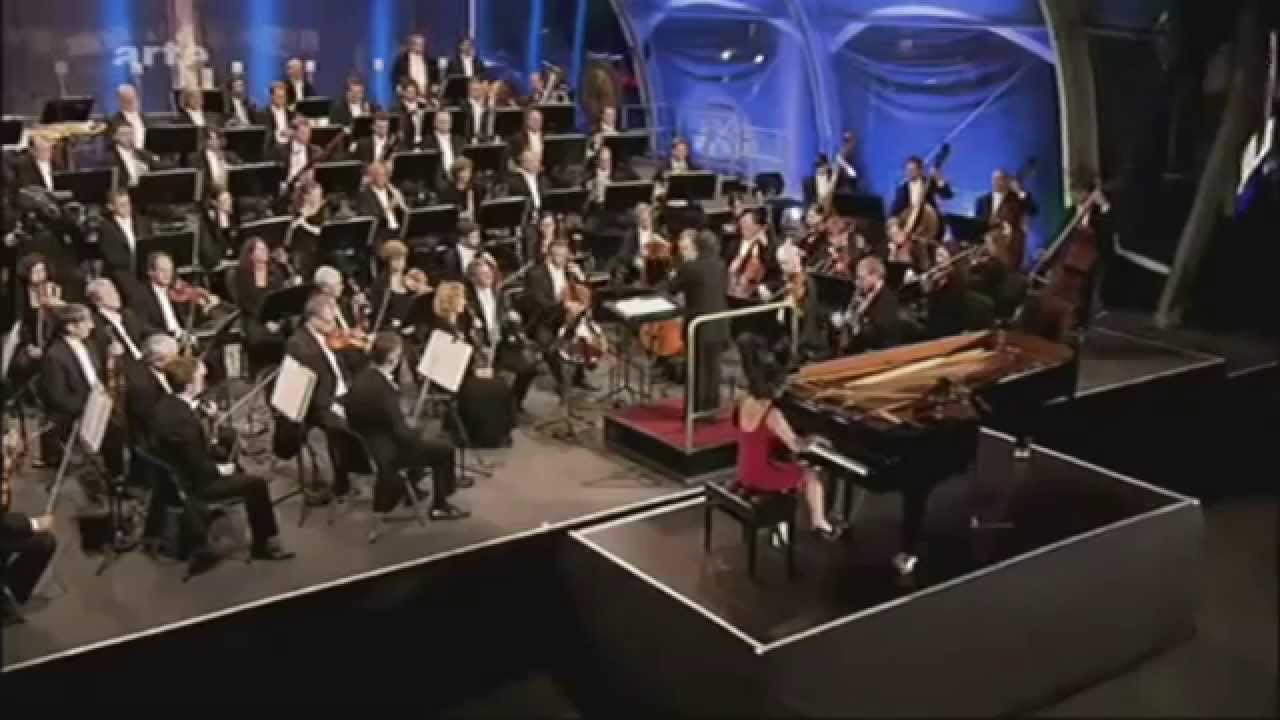 Yuja Wang plays Rachmaninoff - Piano Concerto No. 3 in D minor, Opus 30 [HD]