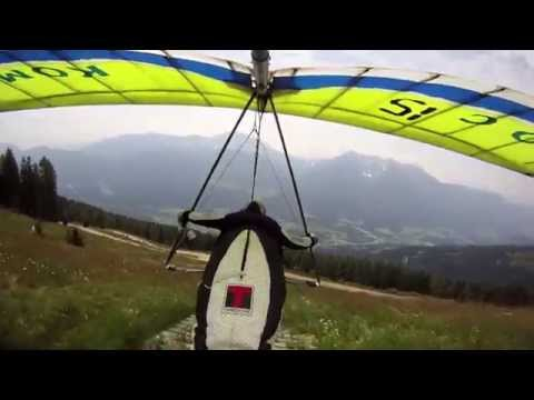 Hangglide Challenge 2014, Austria (by Leander Modersohn)