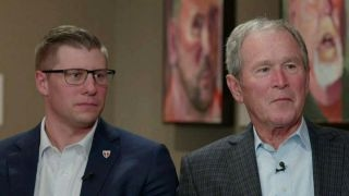 George W  Bush and veteran discuss helping heroes find work