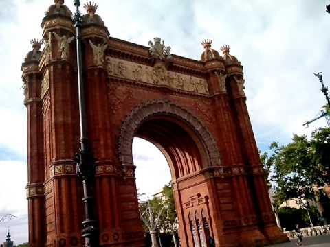Триумфальная арка в Барселоне/ Arc de Triomphe in Barcelona
