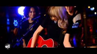 Taylor Swift Private Concert - You Belong With Me Live