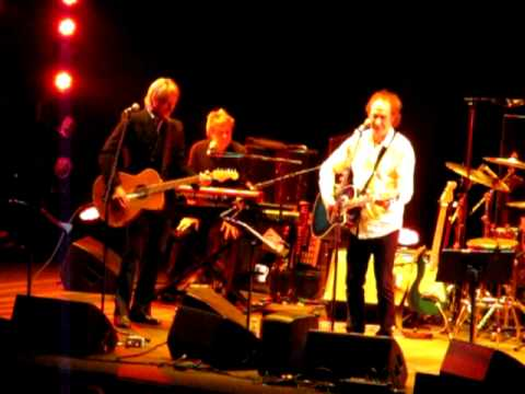 Waterloo Sunset - Ray Davies and Paul Weller at the Royal Albert Hall 4 October 2012
