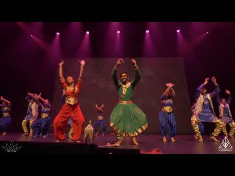 UNC Chapel Hill Chalkaa | LEGENDS Bollywood Dance 2017  | [@VIBRVNCY Front Row]