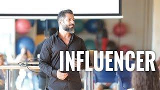 SOCIAL MEDIA FITNESS INFLUENCER / Karl Ess, Sophia Thiel und Co.