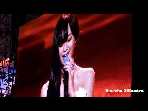 [FANCAM] 130309 Eru & Hyorin 'Sistar' - Kemesraan @ KBS Music Bank in Jakarta