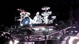 Blink 182-Travis Barker Flying Drum Solo Wisconsin  8/4/09 Best Quality