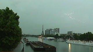 عواصف رعدية في سماء باريس و موجة حر في ألمانيا و إيطاليا