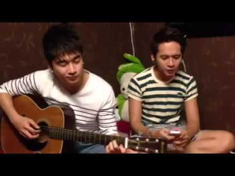 Forever Alone cover by Chi Dân & Sonny Hupa
