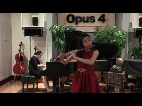 Opus 4 Studios: Minsoo Kwon, flute: Sonate pour flûte et piano - Francis Poulenc