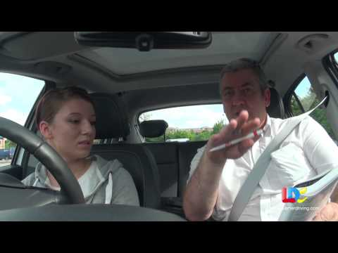 Bobby Jo's driving lesson 2 with LDC - Steering and Gears