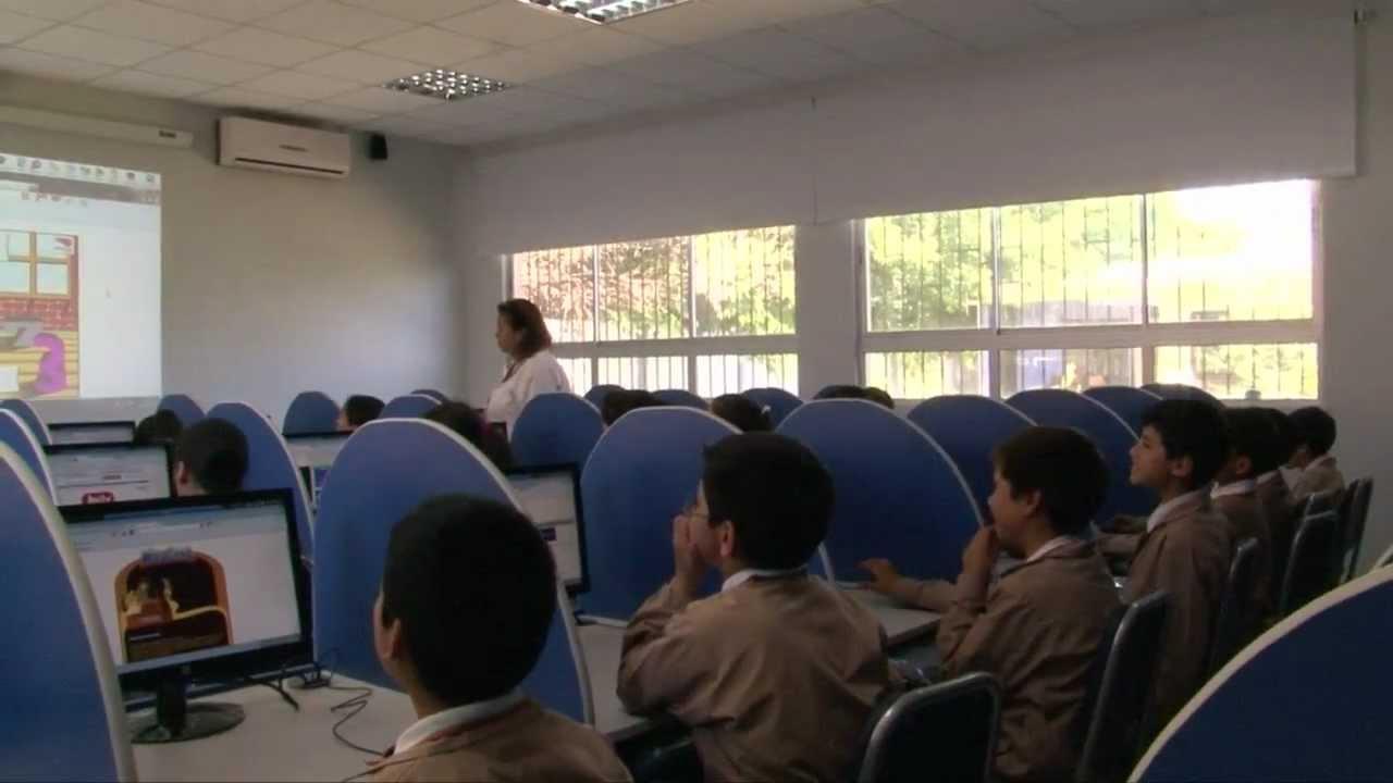 Laboratorio de computación y multimedia Escuela Luis Oyarzún Peña de ...