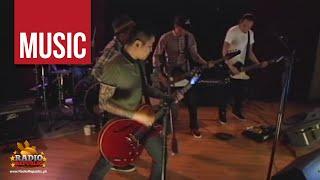 Repeat youtube video Kamikazee - Halik Live!
