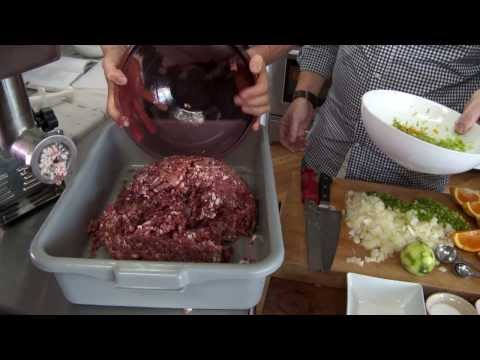 How to Make Wild Pork Sausage with Steven Rinella – MeatEater