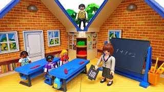 PLAYMOBIL Take Along School House~! Learn and Play with Fun #ToyMartTV