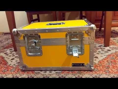 Caja Plutonio Regreso al Futuro - Back to the Future plutonium prop case by Swanflight