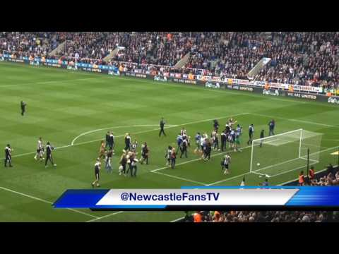 SCENES | NEWCASTLE UNITED CELEBRATE CLINCHING THE CHAMPIONSHIP TITLE