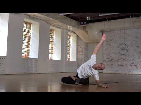 FREE FLOW с Иваном Тумановым, бесплатный йога-класс ведущим преподавателем сети студий Hot Yoga 36