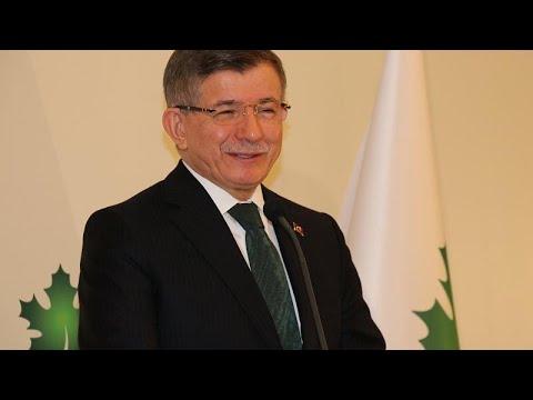 Gelecek Partisi Genel Başkanı Davutoğlu'ndan 'KHK'lı sağlık görevlileri göreve dönsün' çağrısı…