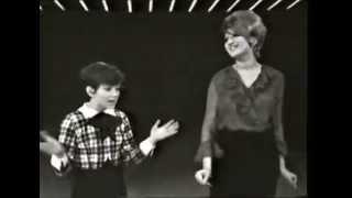 Rita Pavone & Mina - Medley