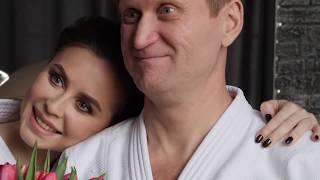 Смотреть Галамартовна и Андрей Рожков (Уральские Пельмени) поздравляют с 8 марта! онлайн