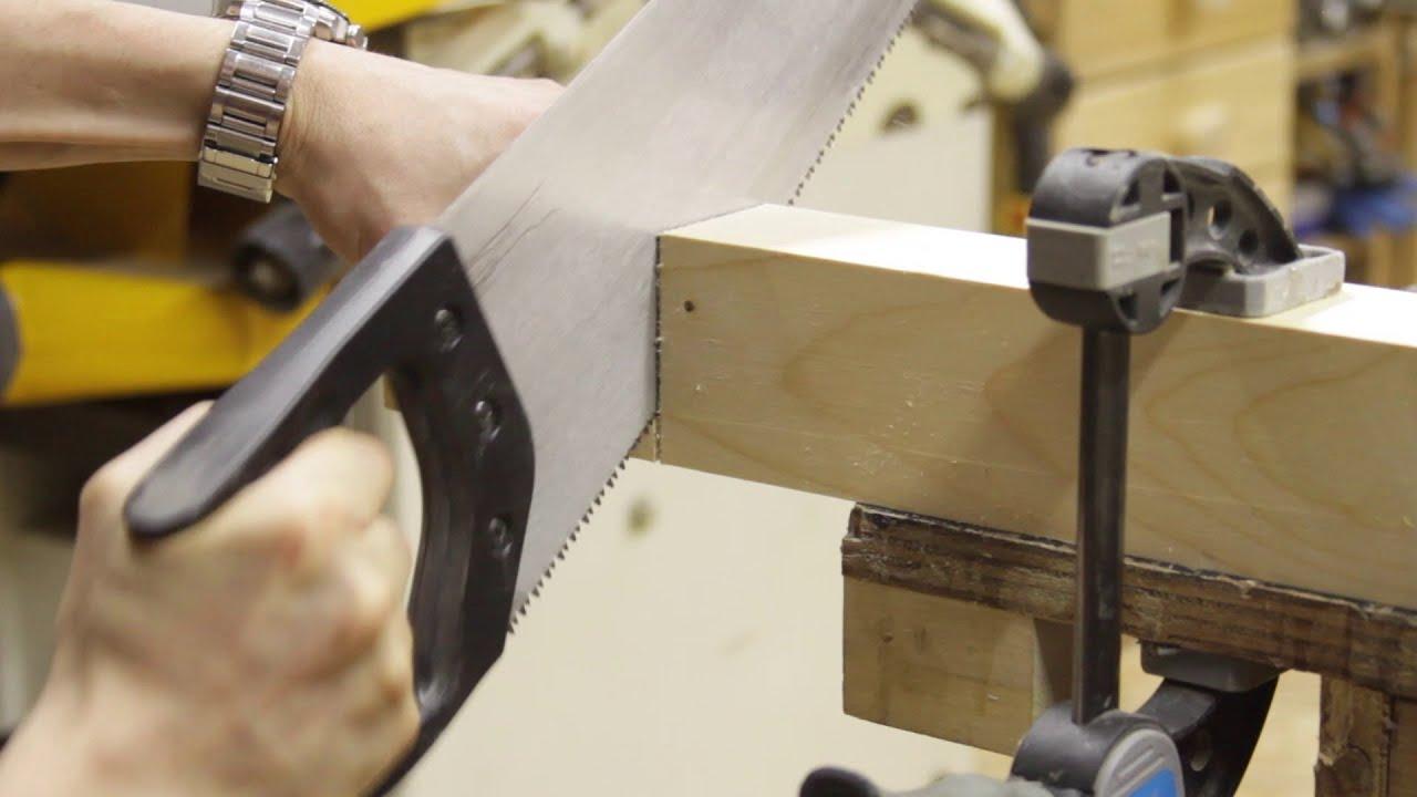 Technique de menuiserie : scier droit à la main (et d'équerre)