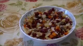 Домашние видео рецепты - овощной салат с селедкой в мультиварке