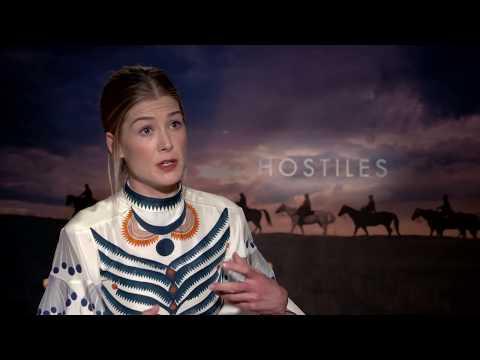 Hostiles -  Rosamund Pike  - Interview Part 1