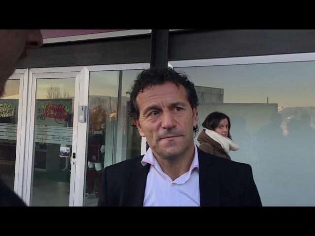 Luisito, en la sede del Pontevedra CF