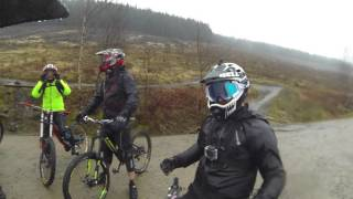 Bikepark Wales Sixtapod to Willy waver rolling it in Extreme Weather August 2015