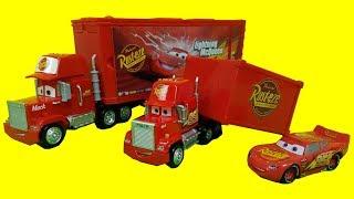 디즈니 픽사 카 트랜스포밍 맥 트럭 카3 맥퀸 점핑 플레이세트 Disney Pixar Cars Transforming  Mack Truck Playset cars toy
