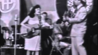 Wanda Jackson - Hard Headed Woman (Town Hall Party)
