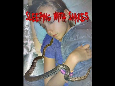 SLEEPiNG WiTH SNAKES! (Rainbow Update) SnakeHuntersTV