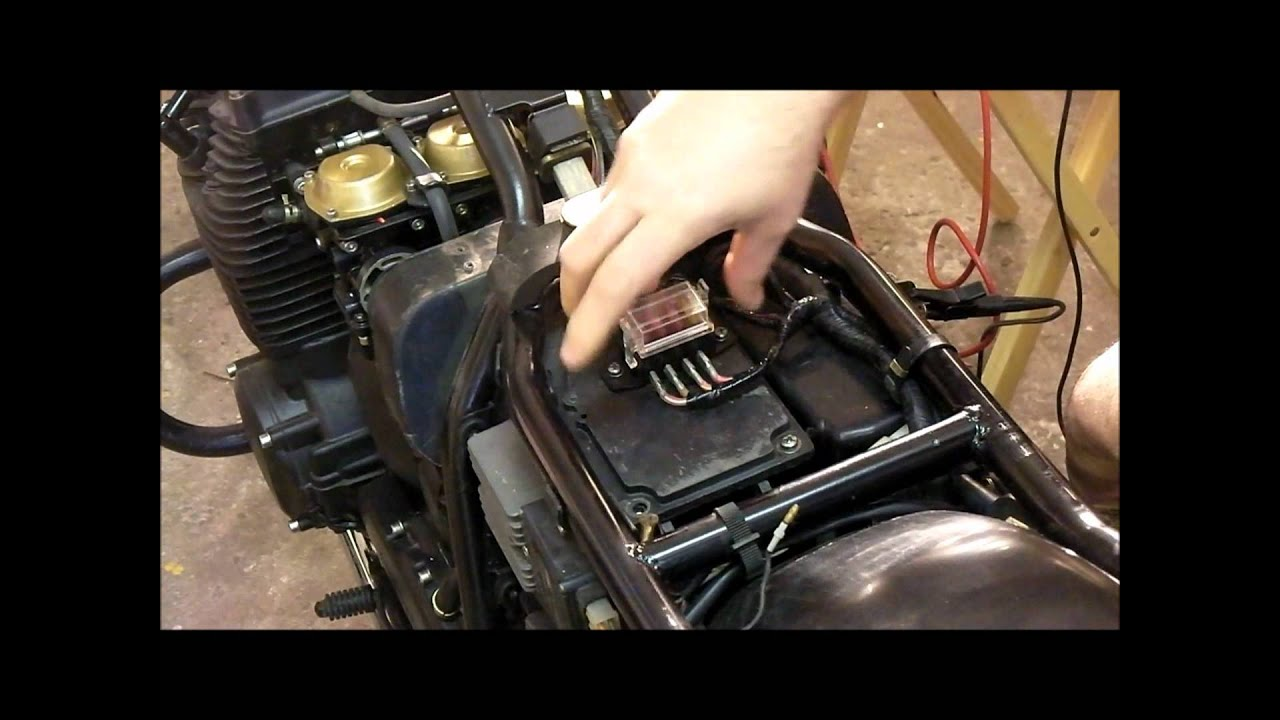 small resolution of xj650 fuse block youtube yamaha xj 650 fuse box