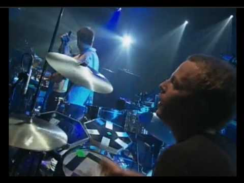 LCD Soundsystem - Daft Punk Is Playing In My House @ Montreux 2004