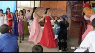 Реальные цыганские танцы. Танцуют девочки!