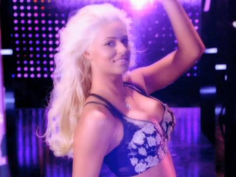 Sexy, Smart and Powerful - Maryse thumbnail
